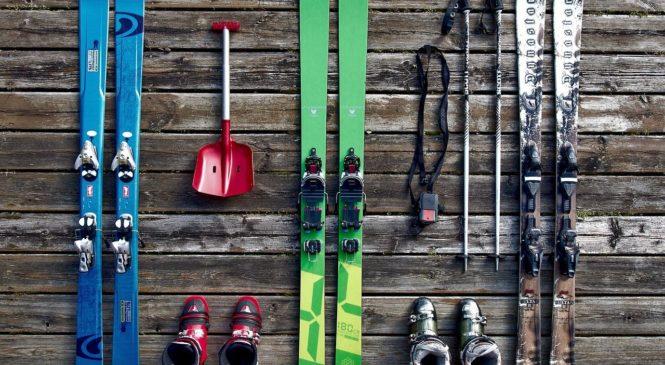 Jaki sprzęt narciarski jest godny polecenia?