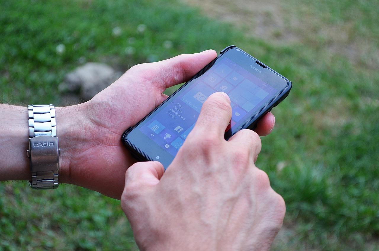 Akcesoria, które musimy koniecznie dokupić do naszego smartfona