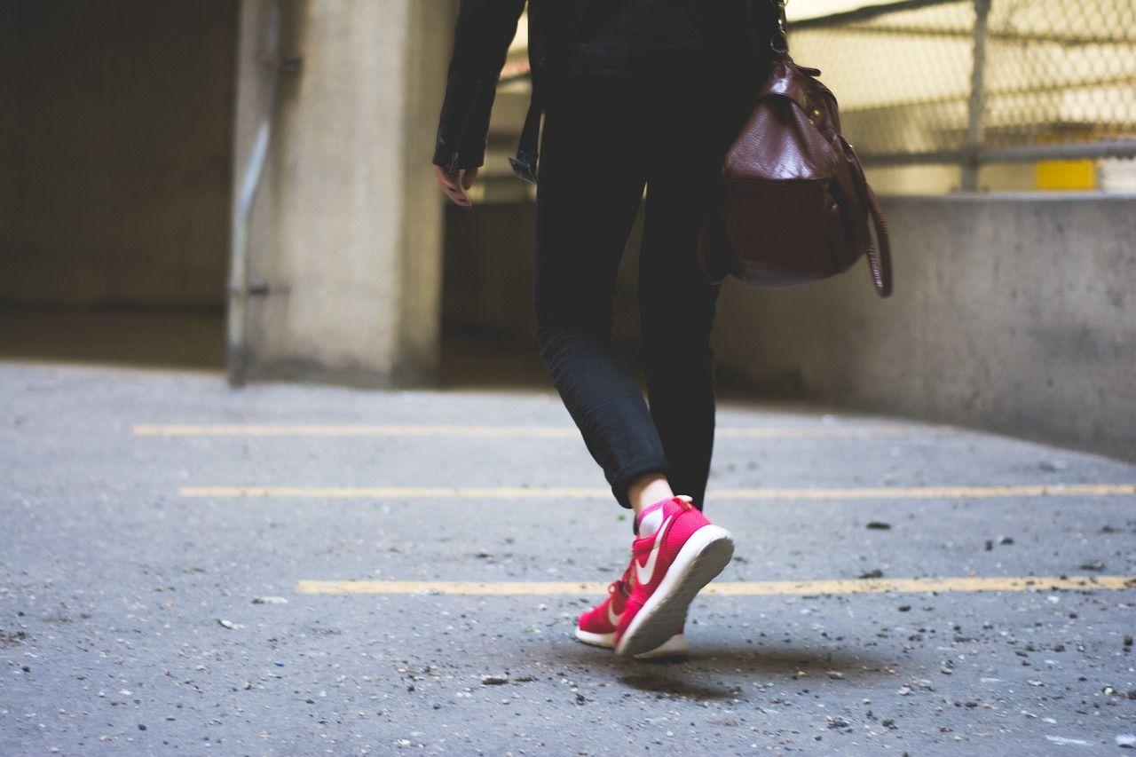 Czym wyróżnia się moda miejska?