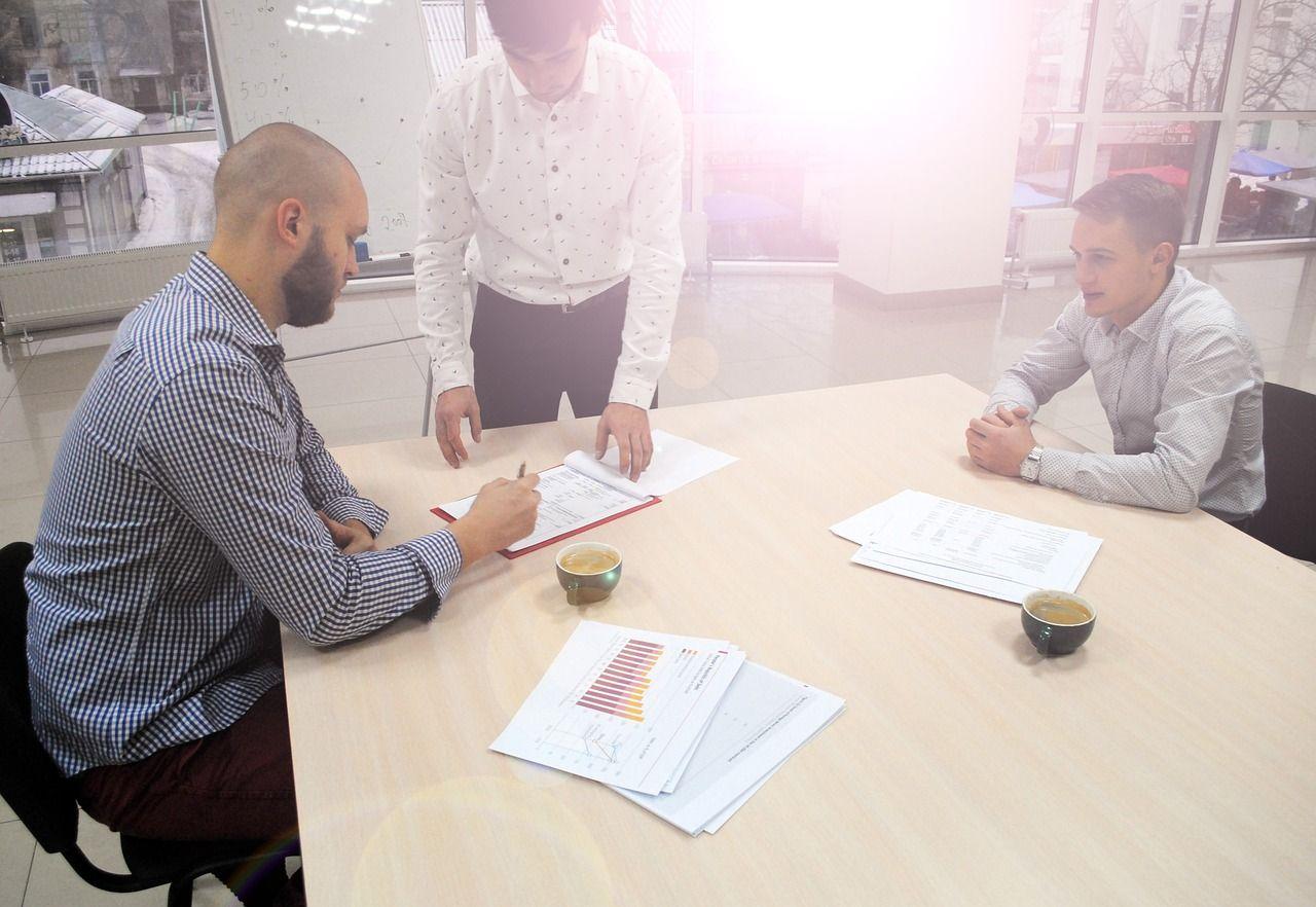 Kilka prostych kroków w wystawianiu długu na sprzedaż i zarządzaniu windykacji