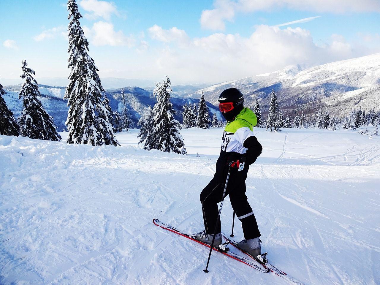 Zimowe szaleństwo – gdzie się wybrać na wakacje z całą rodziną?