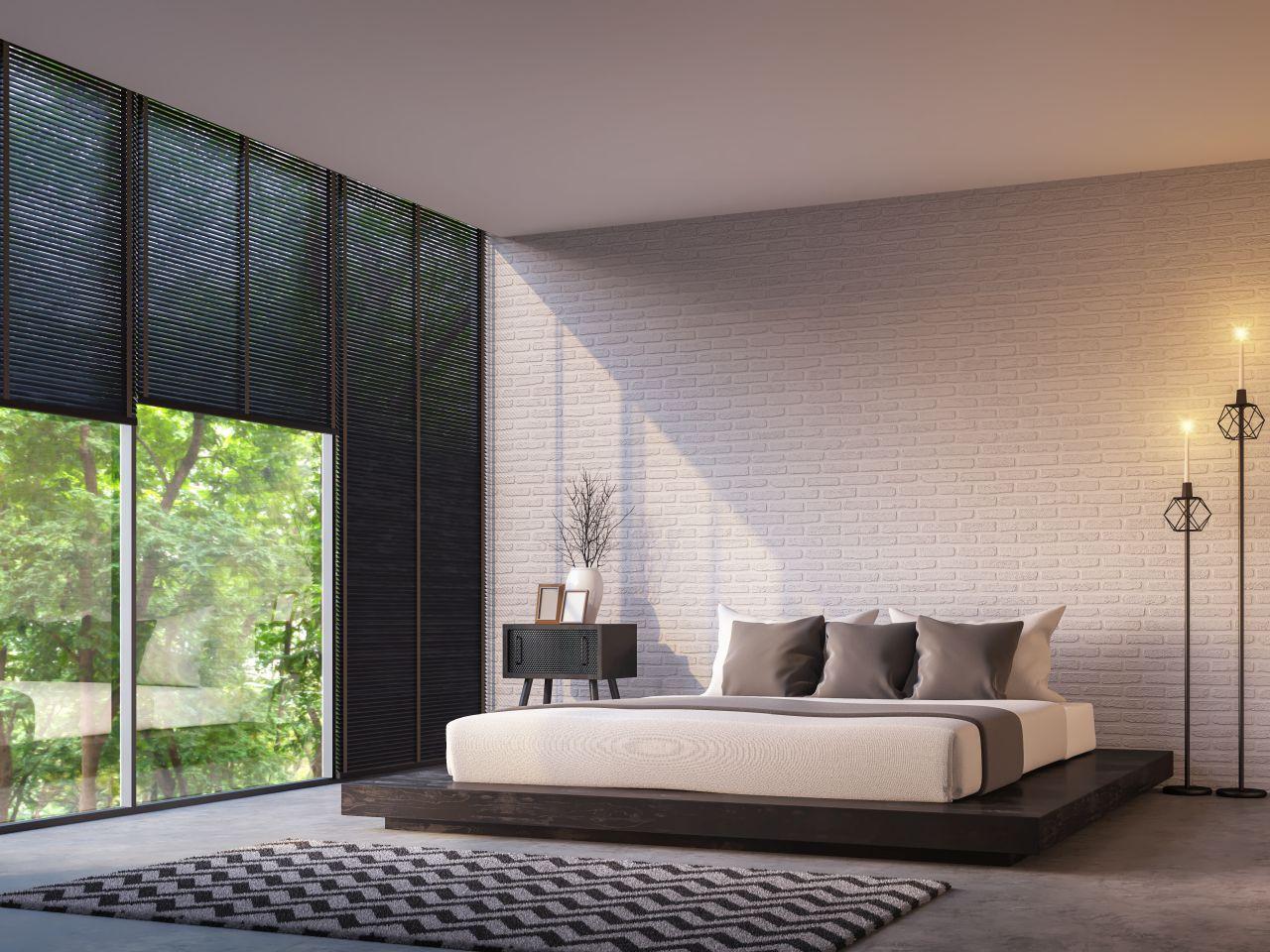 Modne i praktyczne – jakie zasłony wybrać do sypialni?