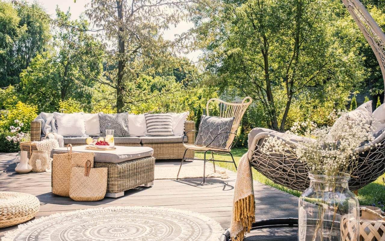 Jak dbać o stan mebli ogrodowych?
