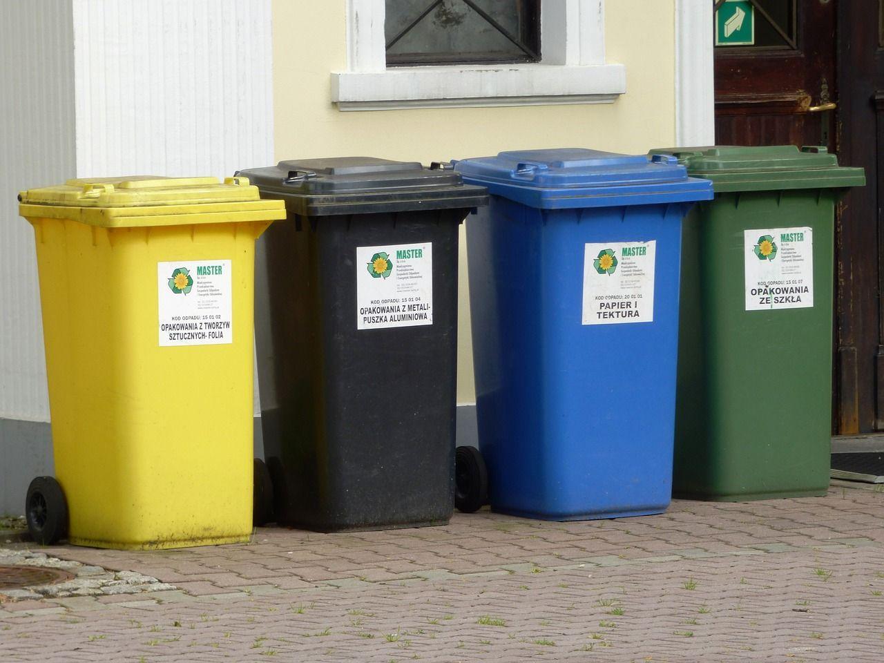 Odpowiednia segregacja śmieci – co nam w tym pomoże?