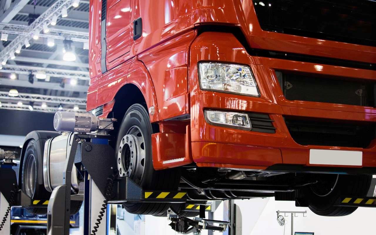 Jak można przywrócić prawidłowy stan auta ciężarowego sprzed wypadku?
