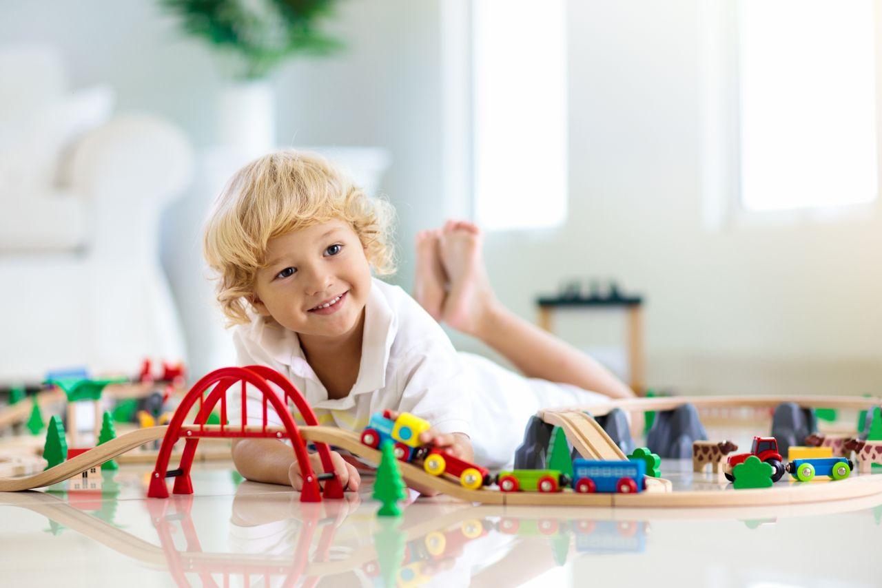 Zabawki z drewna, które pobudzą wyobraźnie małego dziecka