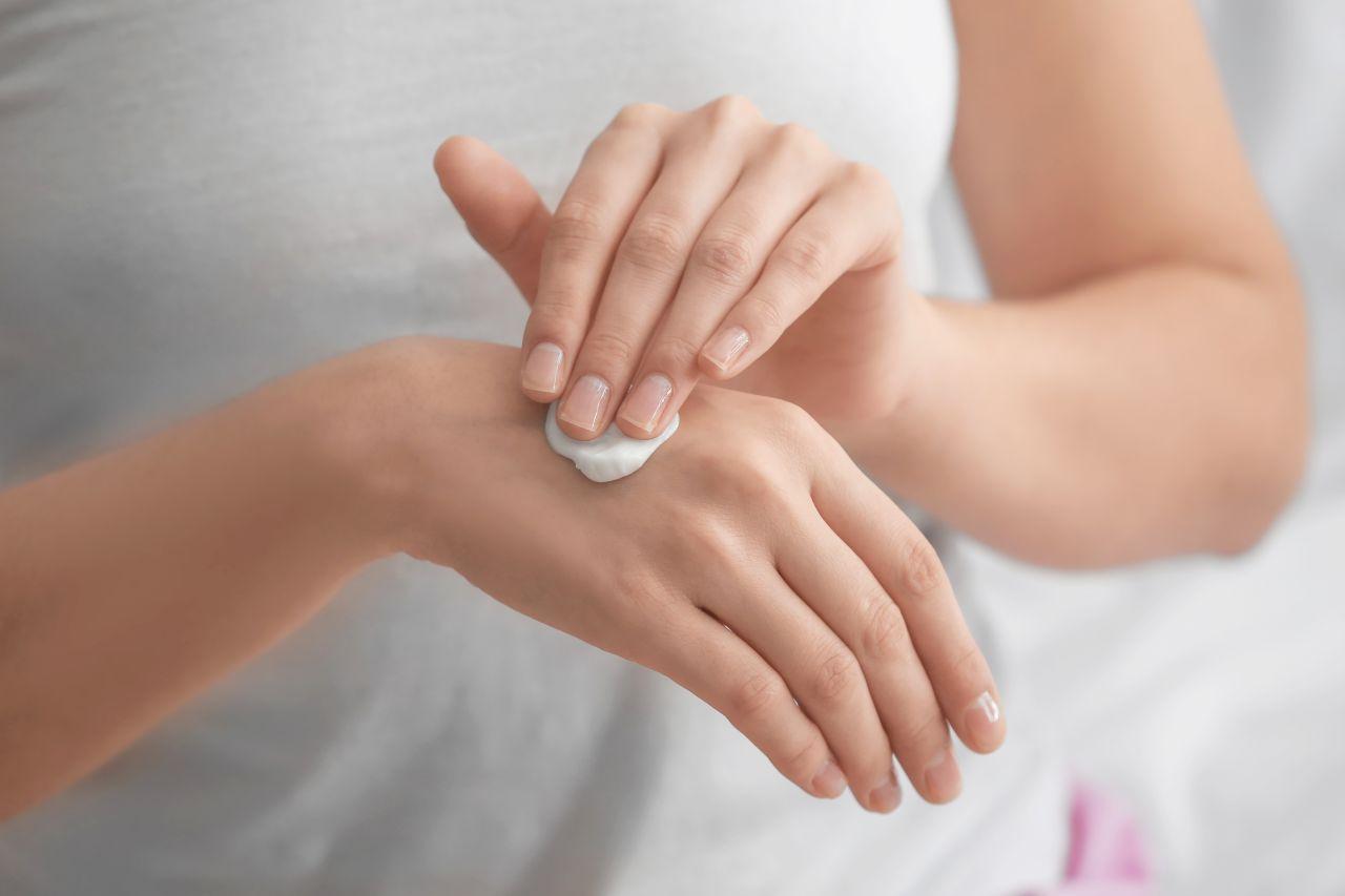 Pielęgnacja dłoni – jak powinna wyglądać?